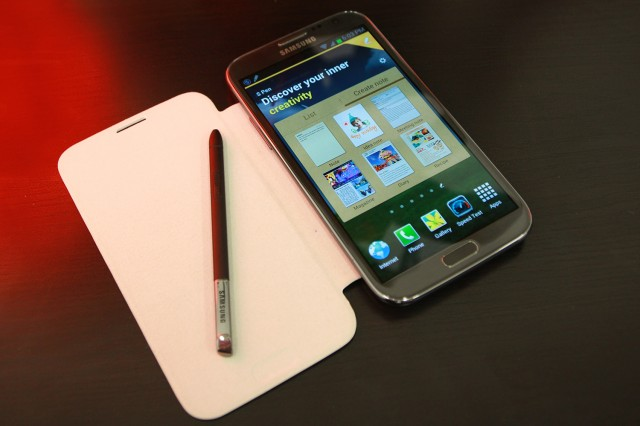 Смартфон Samsung Galaxy Note II
