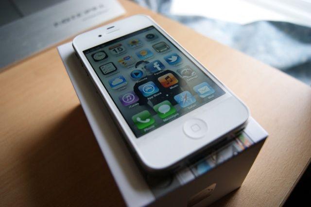 Собираетесь купить iPhone 4