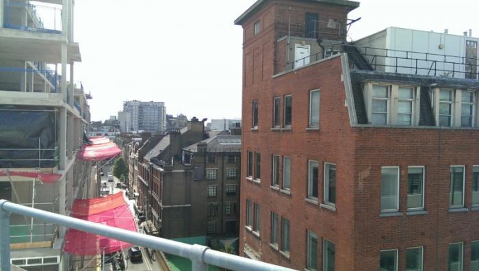 Снимок с камеры HTC One Mini
