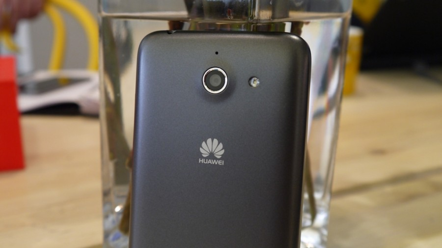 Обзор Huawei Ascend Y550
