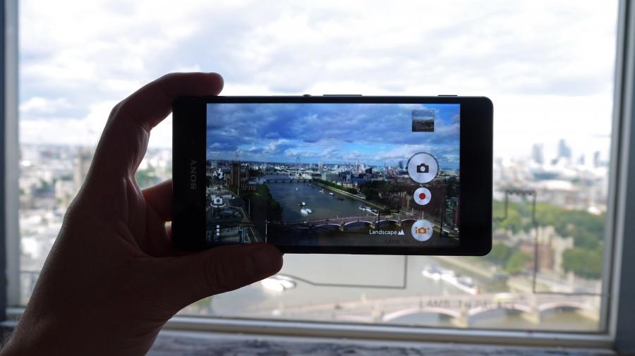 Видо Sony Xperia Z3