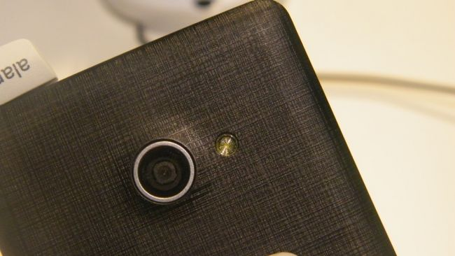 Камера Acer Liquid M220