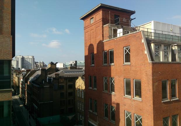 Фотография с камеры HTC One M9