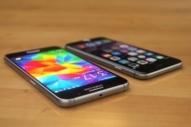 Samsung Galaxy S6 против iPhone 6.01