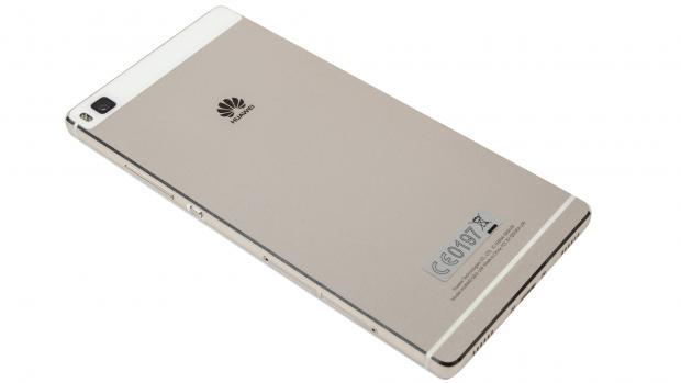 Обзор Huawei P8