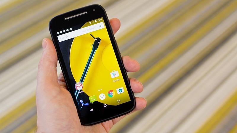 Дешевый смартфон Motorola Moto E 4G