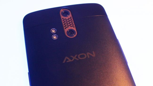 Камера ZTE Axon