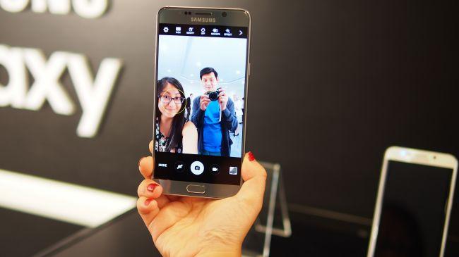 Фронтальная камера Galaxy Note 5