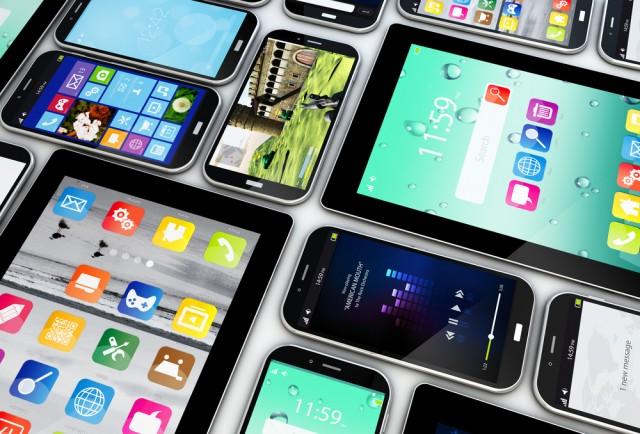 5 лучших смартфонов до 15000 рублей