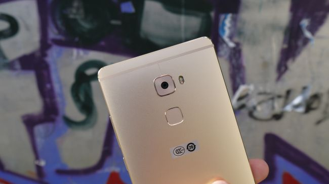 Камера Huawei Mate S