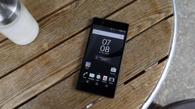 Обзор Sony Xperia Z5