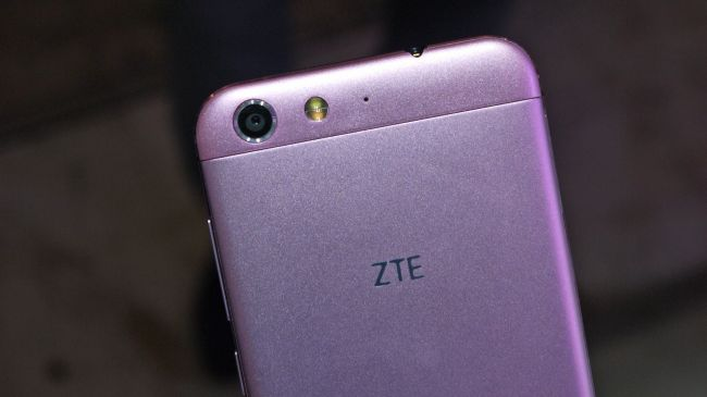 Обзор ZTE Blade V6