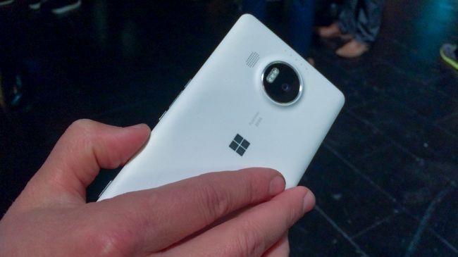 Новый Lumia 950 XL