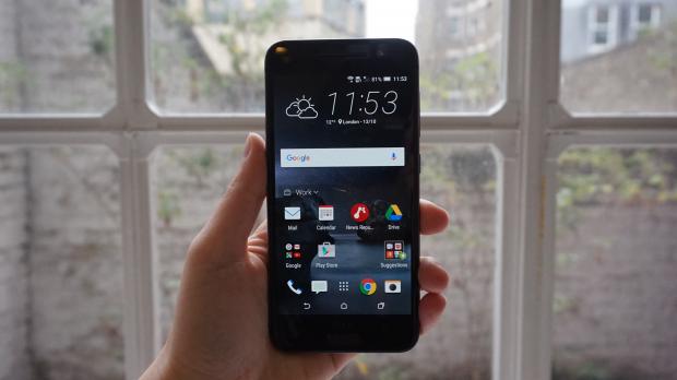 Обзор смартфона HTC One A9