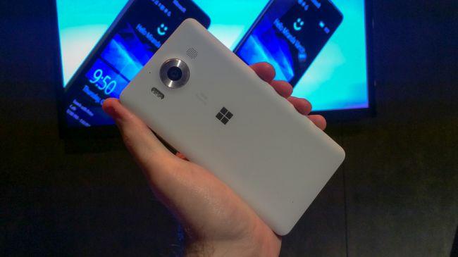 Предварительный обзор Lumia 950