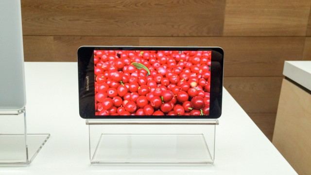 Предварительный обзор Microsoft Lumia 950