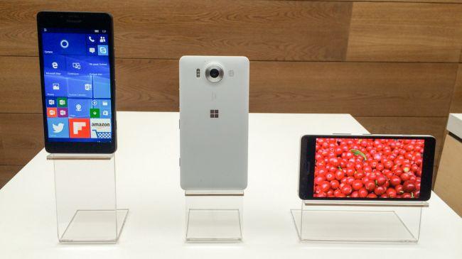 Lumia 950 на стенде Microsoft