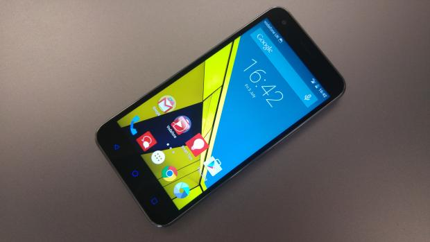 Дешевые смартфоны. Vodafone Smart Ultra 6