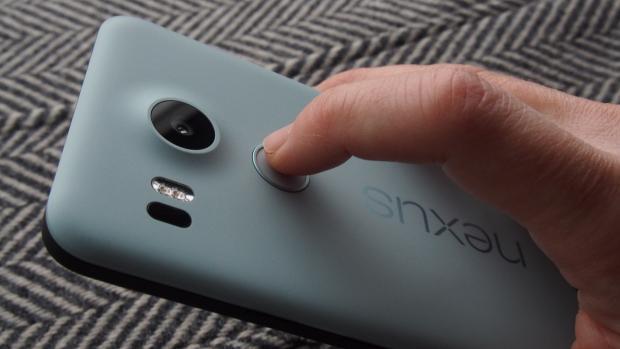 Сканер отпечатков пальцев LG Nexus 5X