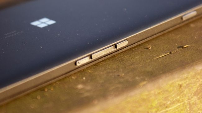 Кнопки Microsoft Lumia 950 XL