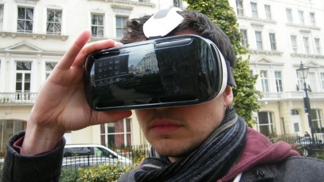 Аксессуар виртуальной реальности для смартфона