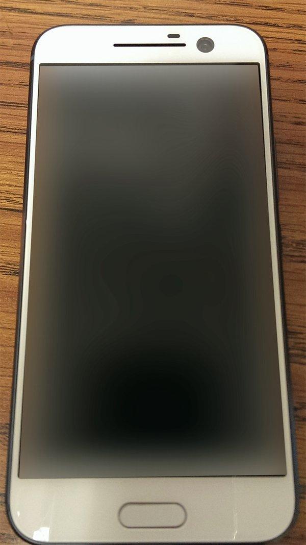 Белый HTC One M10