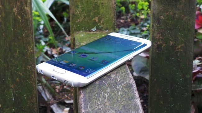 Рейтинг лучших смартфонов. Samsung Galaxy S6 Edge