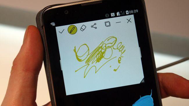 Смартфон LG Stylus 2