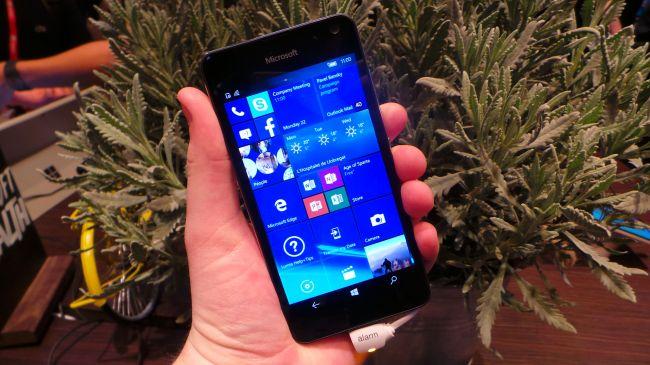 MWC 2016. Microsoft Lumia 650