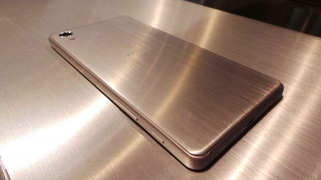 MWC 2016. Sony Xperia X
