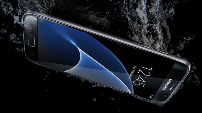 Samsung Galaxy S7 в воде