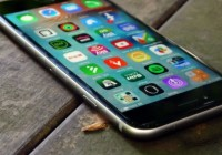 Apple может обновить экран в следующем году с iPhone 7S